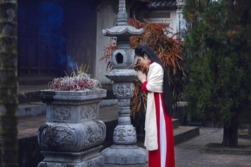 Lễ vật cần phải có khi vào chùa ngày lễ Vu Lan - Ảnh 1.