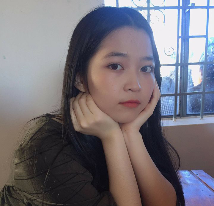 Nữ sinh xinh đẹp mất tích bí ẩn sau khi đi vệ sinh ở sân bay Nội Bài