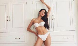 Ảnh chụp gây tranh cãi của hoa hậu Phạm Hương ở Mỹ