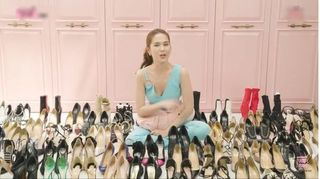 Ngọc Trinh khiến khán giả phát choáng khi khoe tủ giày 5 tỷ đồng