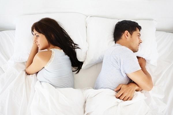 Dấu hiệu từ A-Z chứng tỏ đàn bà đã chán chồng và có tình mới