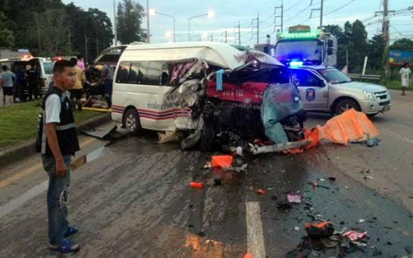 Tai nạn giao thông ở Thái Lan, 15 người thương vong