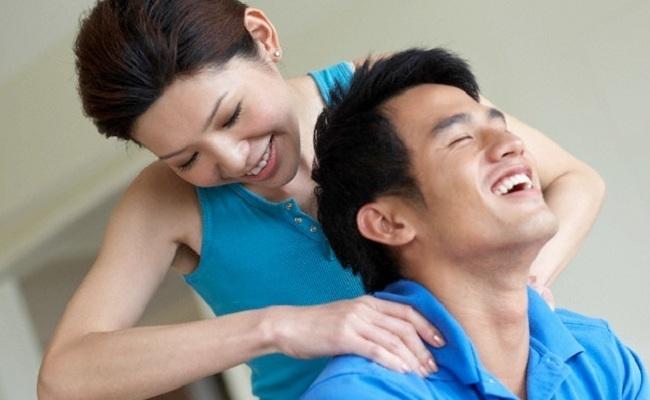 Những cô vợ khôn ngoan dùng chiêu gì để được chồng yêu mê mệt3