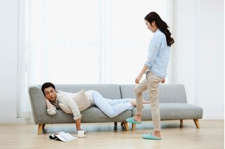 Sai lầm sơ đẳng của những phụ nữ chiều chồng vô điều kiện