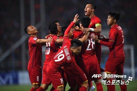Báo chí Hàn Quốc lo lắng cho thầy trò HLV Park Hang Seo trước trận gặp Thái Lan