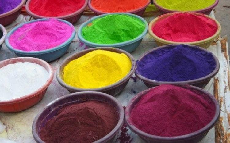 thực phẩm bẩn do lạm dụng phẩm màu