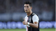 Tiền đạo Ronaldo: 'Tôi có thể chơi bóng đến năm 40 tuổi'