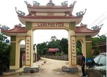 Đánh trống báo động người dân đến vây nhóm xăm trổ phá cổng làng