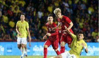 Danh sách tuyển Việt Nam đấu Thái Lan: Văn Quyết bị loại