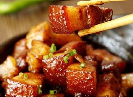 Cách kho thịt ngon đảm bảo nồi cơm nhà bạn hết veo trong tích tắc3