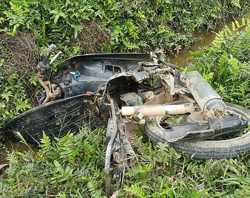 Trốn khỏi hiện trường sau khi húc người đi xe máy xuống mương tử vong