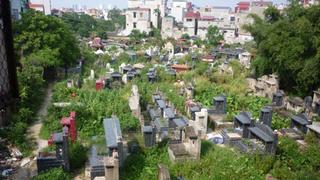 Phát hiện người đàn ông tử vong tại nghĩa trang trong tư thế treo cổ
