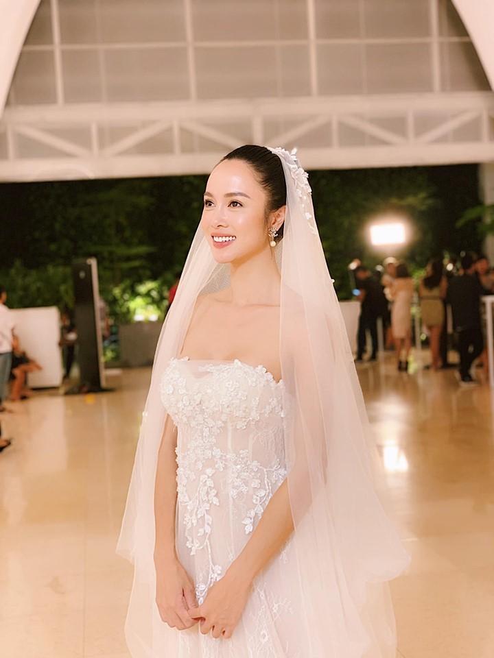 Những hình ảnh hiếm hoi trong đám cưới Vũ Ngọc Anh và Cường Seven