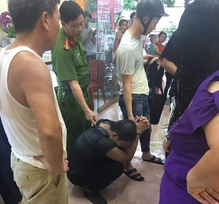 Bắc Giang: Nam thanh niên thực hiện hành vi trộm cắp trong tiệm vàng