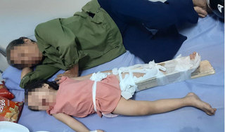 Bé 2 tuổi gãy chân tại trường mầm non, hiệu trưởng phủi trách nhiệm?