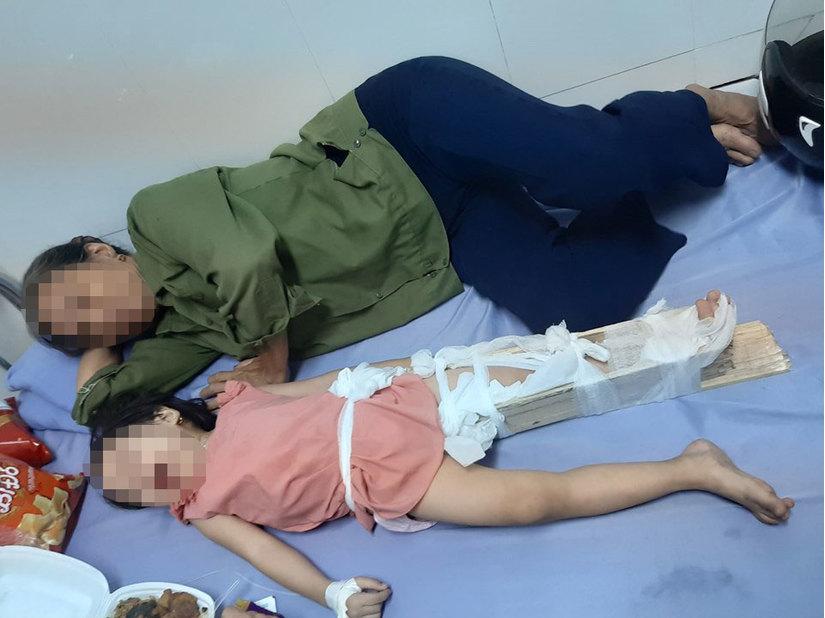 Phụ huynh tố hiệu trưởng vô cảm khi trẻ mầm non ngã gãy chân tại trường?2