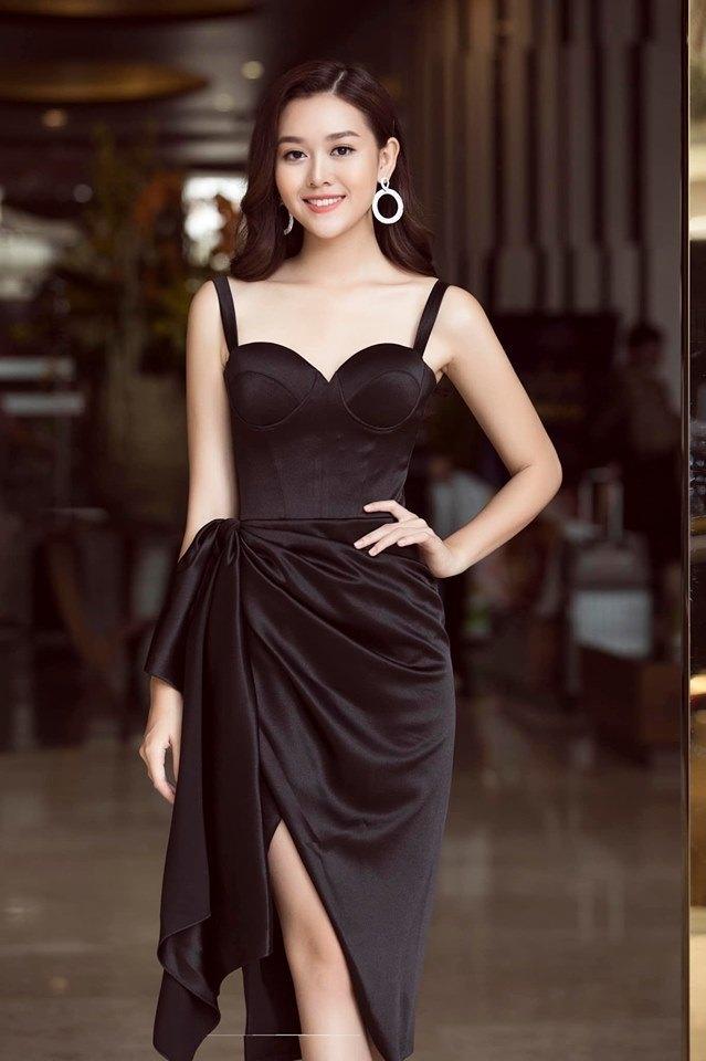 Cận cảnh vẻ xinh đẹp, gợi cảm của Á hậu Tường San trước cuộc thi Hoa hậu Quốc tế