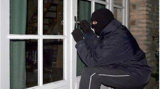 Bắt 4 đối tượng liên quan đến vụ trộm 680 camera điện thoại
