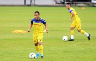 Trọng Hoàng mang đến tin vui cho HLV Park trước ngày đối đầu Thái Lan