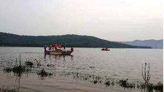 Lật thuyền khi đi đánh cá, 2 người đuối nước tử vong