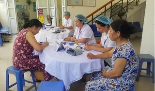 Bắt đầu khám sức khỏe miễn phí cho người dân sống gần đám cháy công ty Rạng Đông