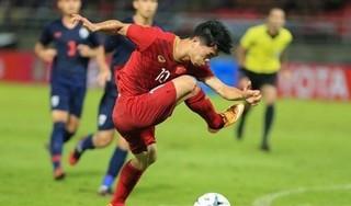 CĐV Thái Lan chế giễu pha sút bóng trượt của Công Phượng