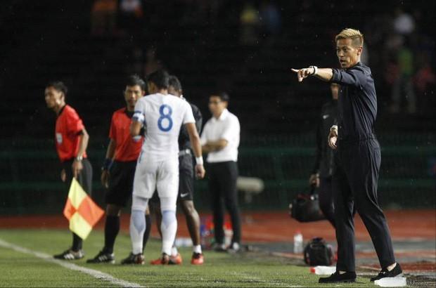 Huyền thoại bóng đá Nhật Bản 'tàn tạ' sau vài tháng làm HLV đội tuyển CampuchiaHuyền thoại bóng đá Nhật Bản 'tàn tạ' sau vài tháng làm HLV đội tuyển Campuchia