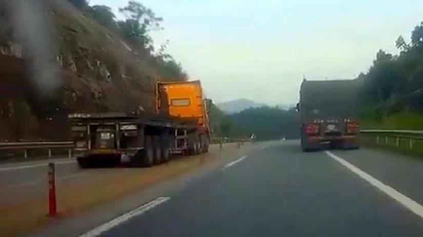 Xe container đi ngược chiều, 'phóng như bay' trên cao tốc bị phạt thế nào?