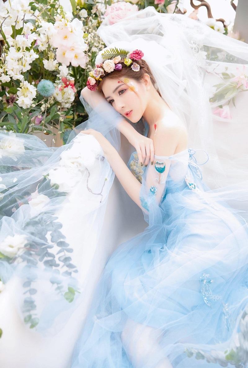 Lilly Luta hóa công chúa xinh đẹp, gây thương nhớ với góc nghiêng7