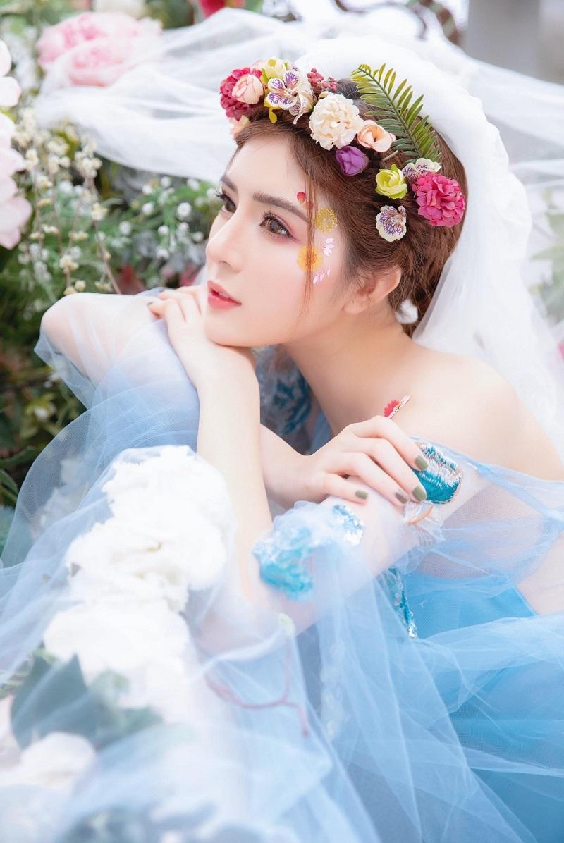 Lilly Luta hóa công chúa xinh đẹp, gây thương nhớ với góc nghiêng2