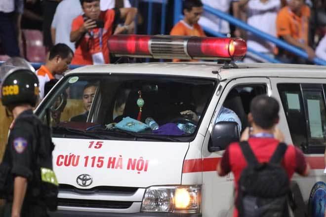 Tình trạng sức khoẻ của nữ CĐV bị pháo bắn trúng ở sân Hàng Đẫy
