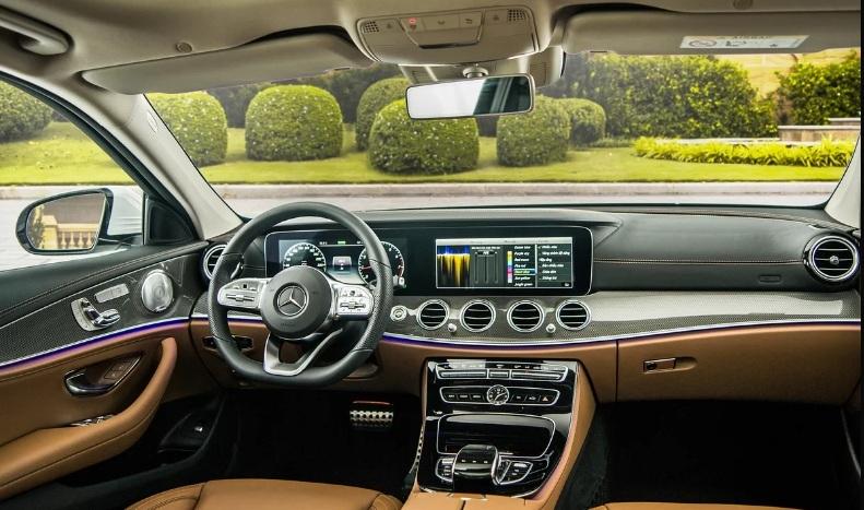 Mercedes-Benz E 300 AMG 2019 giá 2,83 tỷ đông tại Việt Nam2
