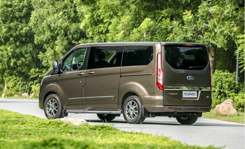 Ford mở bán MPV 7 chỗ mới với giá chỉ từ 999 triệu đồng