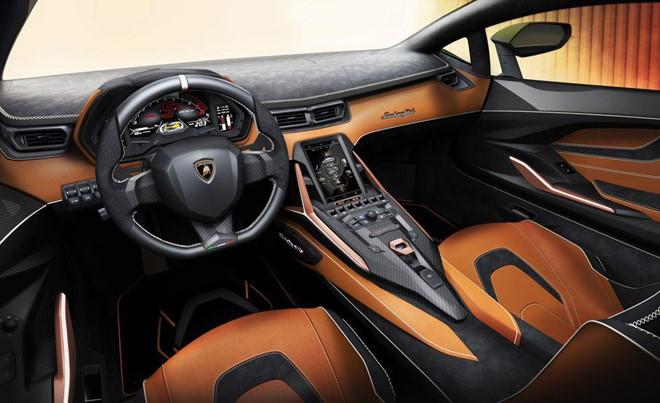Siêu xe mạnh nhất trong lịch sử Lamborghini, đẹp mê ly và giá 84 tỷ2