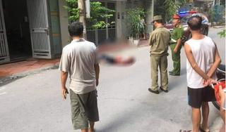 Phát hiện 2 nữ sinh tử vong trong phòng trọ, nam thanh niên nằm bất động dưới đường