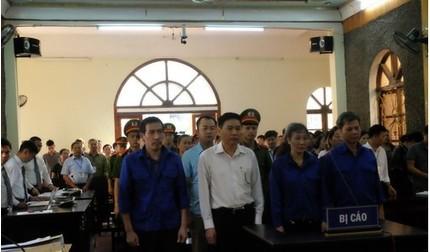 Vì sao phiên tòa xét xử vụ gian lận thi cử Sơn La bị hoãn?