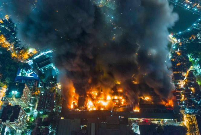 Công bố nguyên nhân cháy kho công ty Rạng Đông