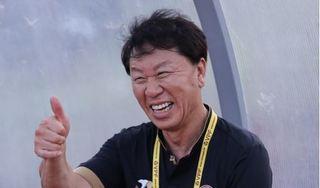 HLV Chung Hae Seong muốn tiếp tục gắn bó với bóng đá Việt Nam