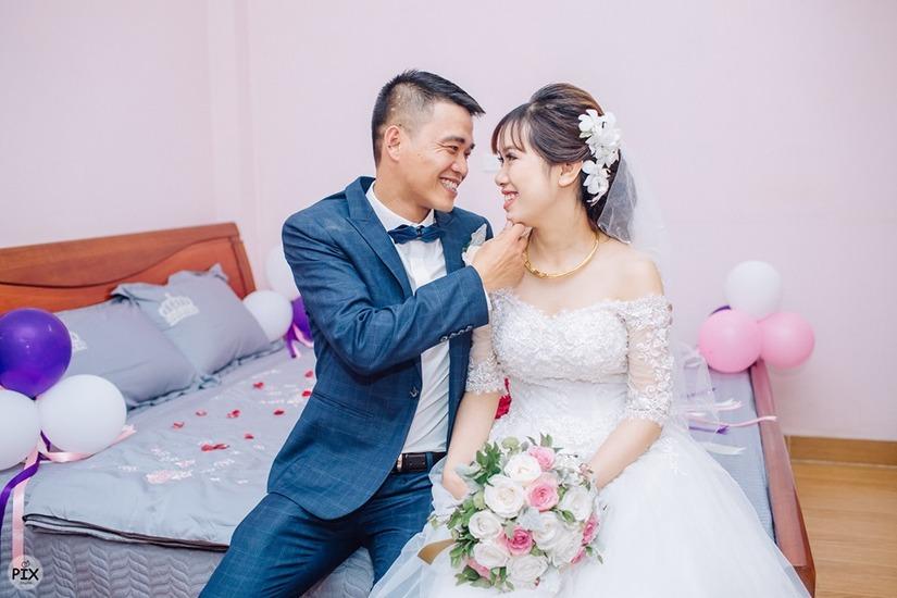 Đám cưới HOT: Trai ế 35 tuổi cười khi vớ được vợ kém 16 tuổi3