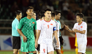 HLV Philippe Troussier sử dụng chiến thuật 'lạ' cho U19 Việt Nam