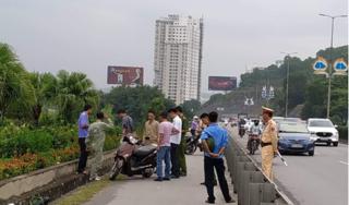 Cô gái bị đâm trọng thương khi đi xe máy trên cầu Bãi Cháy đã tử vong