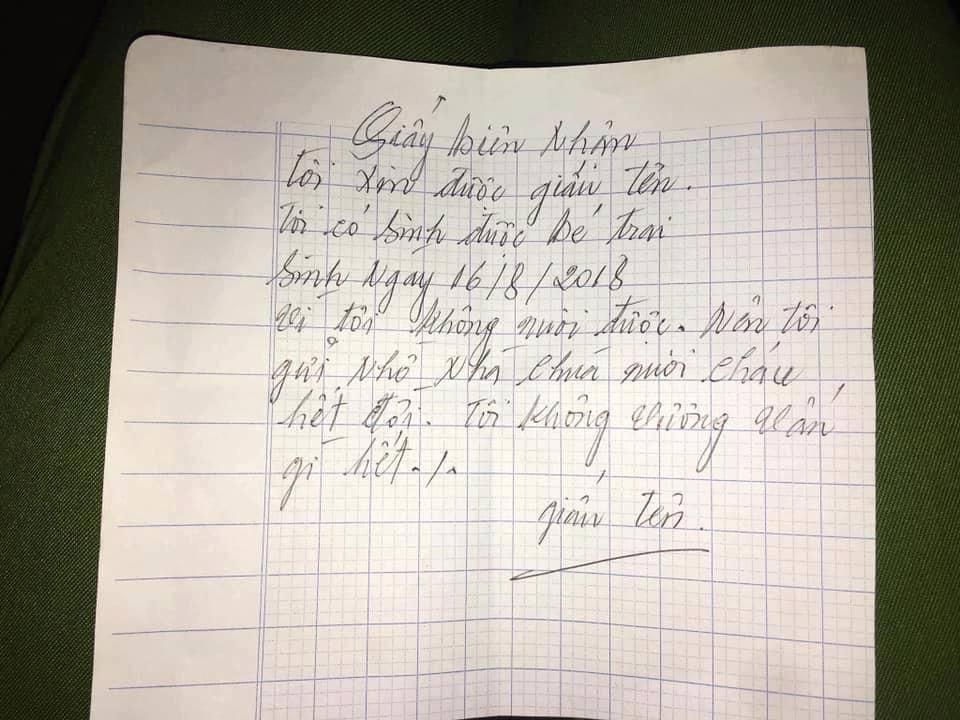 Mẹ bỏ lại con trai 14 tháng tuổi trước cổng chùa ở Nam Định kèm lời nhắn