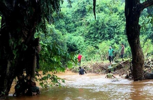 Bình Phước: Đã tìm thấy thi thể bé trai 10 tuổi bị nước cuốn trôi xuống cống