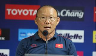 HLV Park Hang Seo: 'Tôi đang lo vì Công Phượng không được thi đấu'