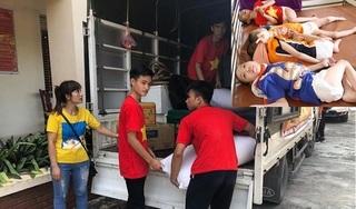 Sốc: Cán bộ trung tâm nhân đạo ăn chặn hàng từ thiện của người già, trẻ tàn tật