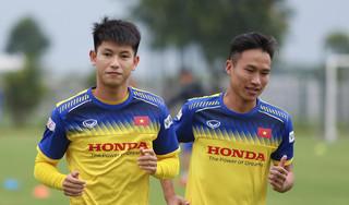 Cầu thủ thay thế Đình Trọng: 'Thầy Park Hang Seo khen tôi có sự tiến bộ'