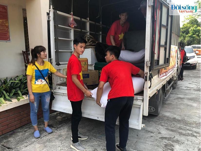 nhân viên có hành vi ăn chặn hàng từ thiện