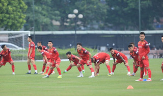 Đội tuyển Việt Nam liên tiếp đón nhận tin kém vui trước trận gặp Malaysia