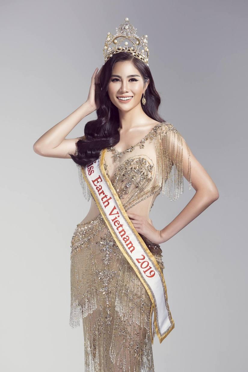 Á hậu Hoàng Hạnh được Cục NTBD cấp phép thi Hoa hậu Trái Đất 2019