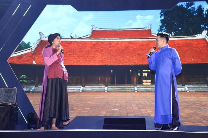 Hoài Linh, Tuấn Ngọc san sẻ với Quang Hà sau vụ cháy Cung Việt Xô thiệt hại 8 tỷ